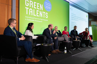 Panel discussion | How to create a Smart Green Planet? Sustainable science between policy-makers, societal stakeholders and the corporate sector in the digital age