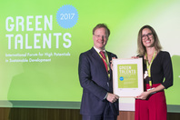 General Director Matthias Graf von Kielmansegg and Green Talent Kamila Pope