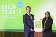 General Director Matthias Graf von Kielmansegg and Green Talent Jayati Trivedi