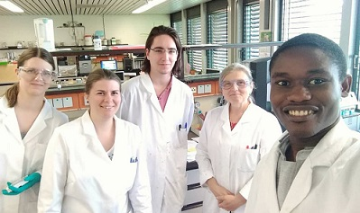 Eyram with his research laboratory colleagues; © Jan Meyer, BASt