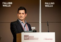 Javier Solano at the Falling Walls Lab 2013: Breaking the Wall of Energy Consumption in Transport Systems